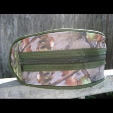 Camo padded reel pouch. Suitable for all Carping reels.